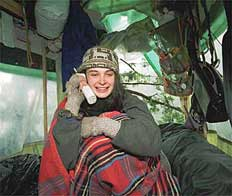 Julia in contact met de wereld